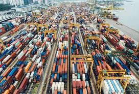 Turkey's April trade deficit down by 33 percent