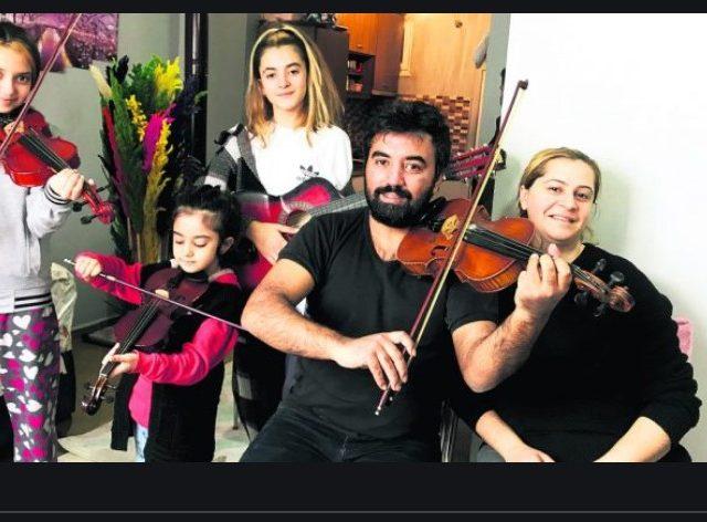 Musicians' Desperation Highlights Turkey's Economic Problems