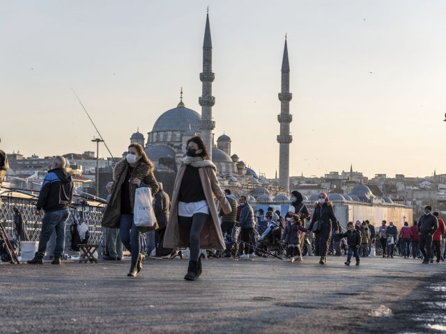 Study reveals air pollution cause more COVID-19 deaths in Istanbul