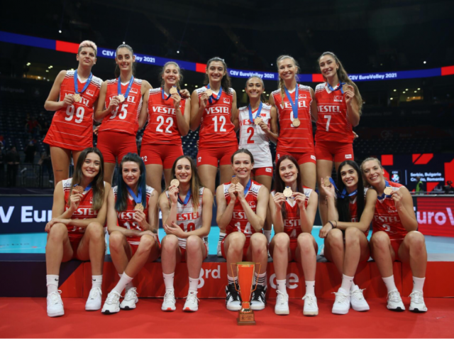 Women volleyballers do Turkey proud